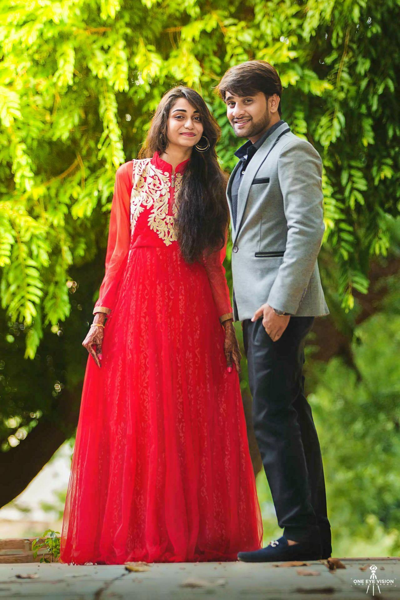 2015-meet-and-maitri-engagement-shoot-one-eye-vision-pre-wedding-photography-couple-shoot-wedding-portraits-engagement-shoot-pre-wedding-photos-indian-pre-wedding-photo (2)