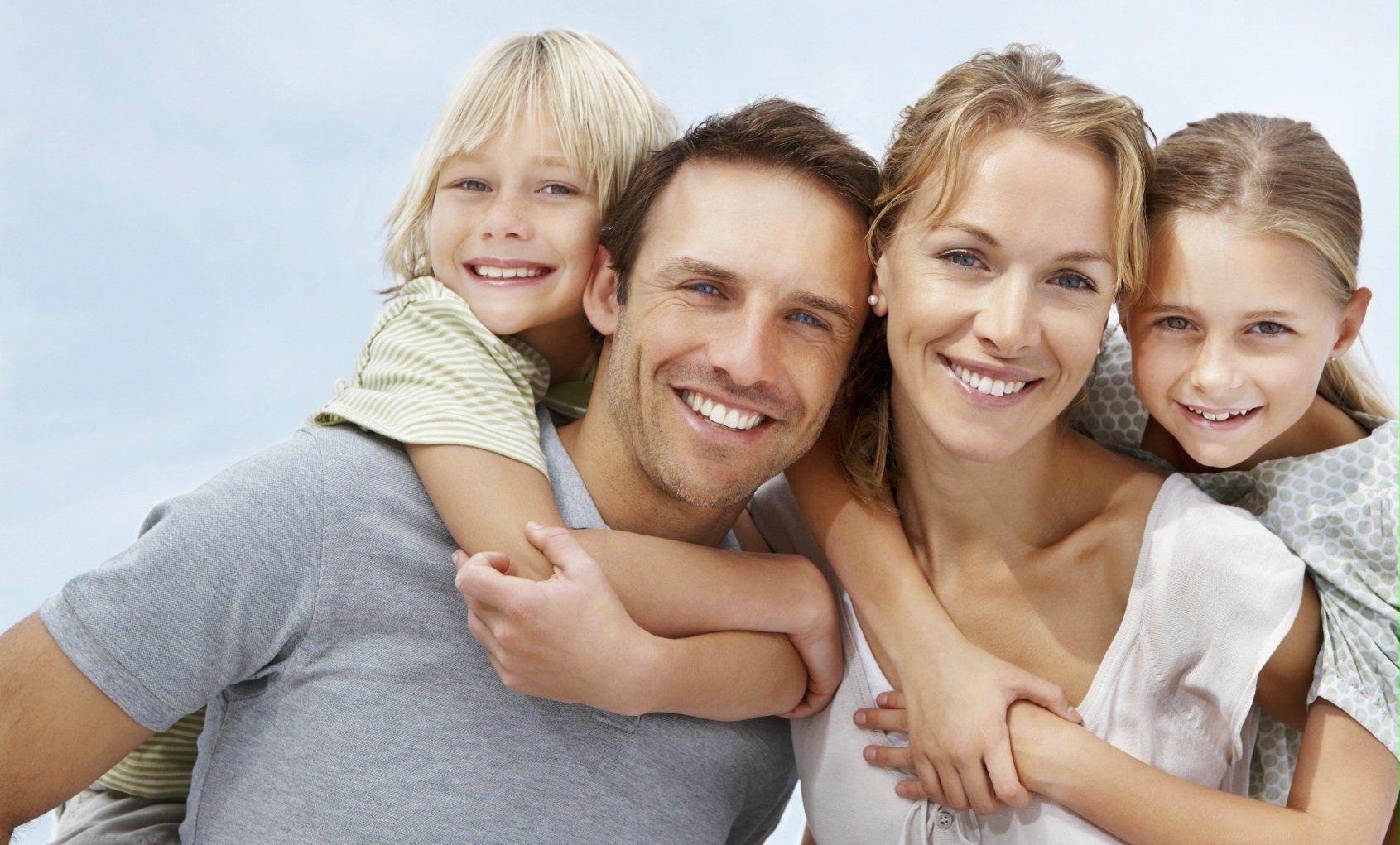 333237-happy-family-happy-family