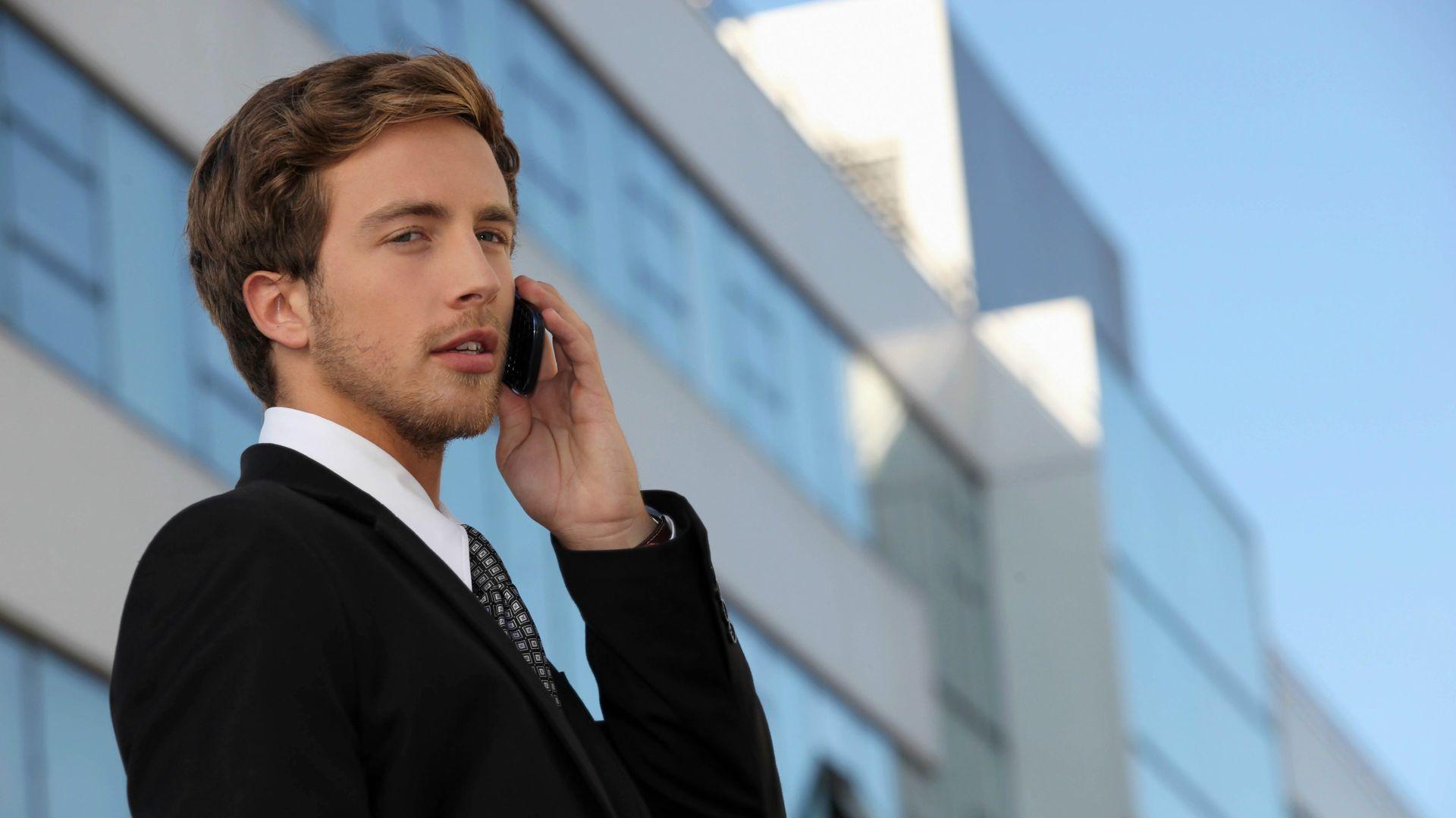 39683880-businessman-wallpapers-business-man