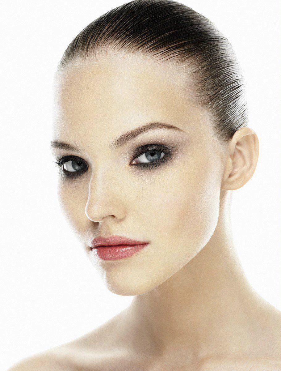 b-amica-beauty-sasha-chanel-makeup-copy-910×1200-beauty