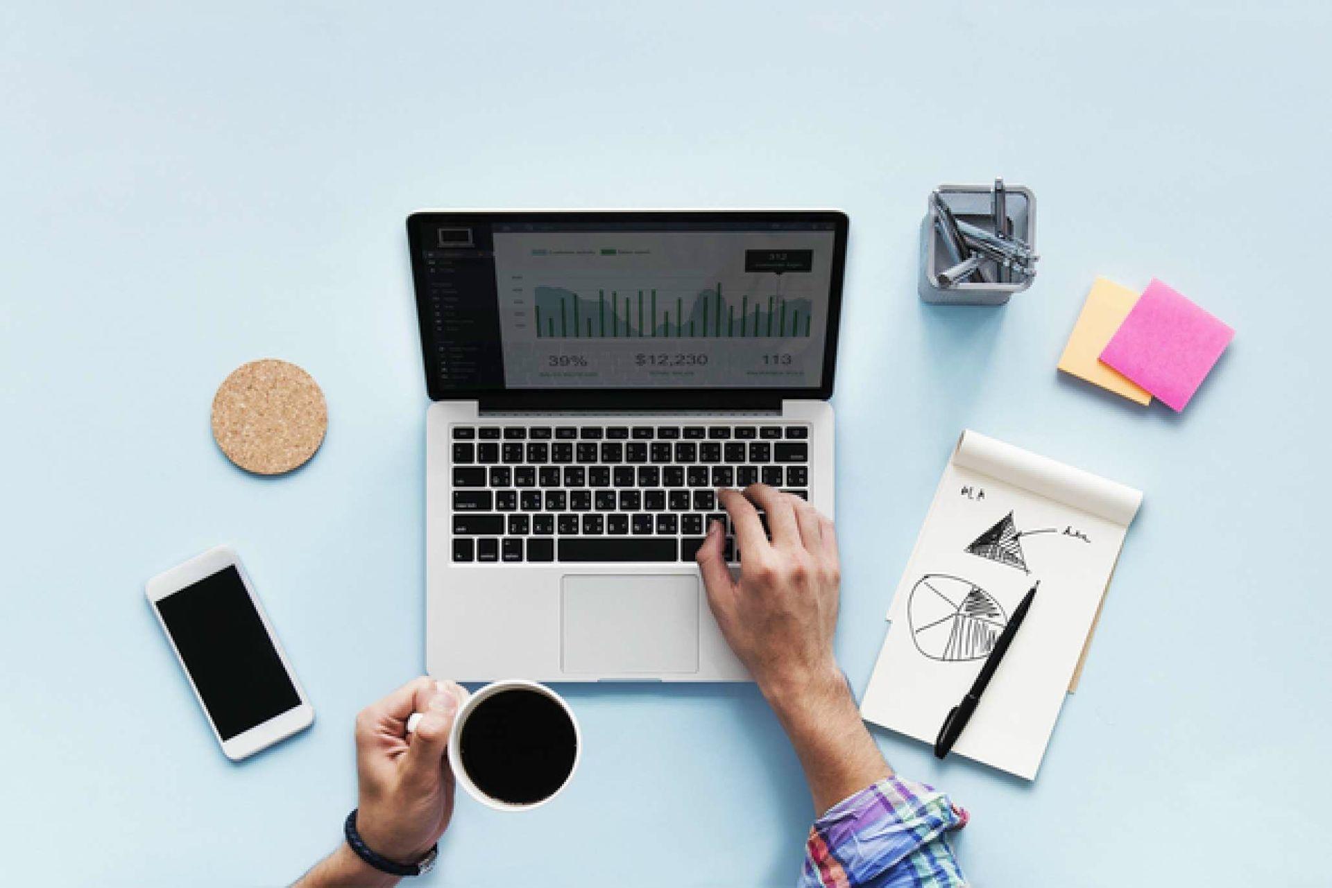 blog_ultimate_guide_to_easy_digital_upskilling_2060_1374_60_s-digital-marketing