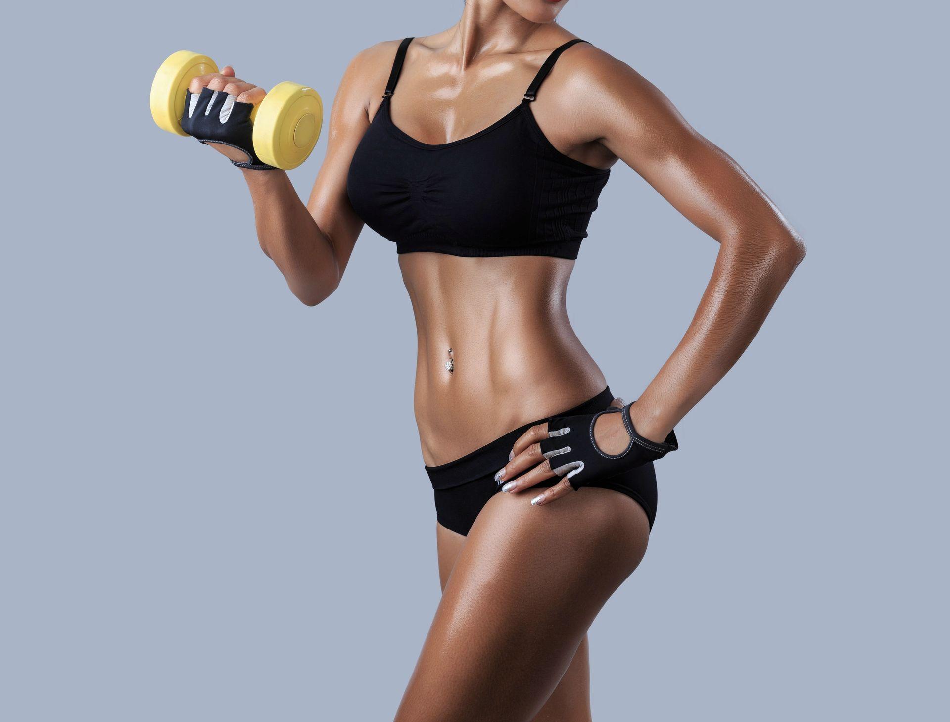 desired-body-pose-dumbbell-fitness-fitness