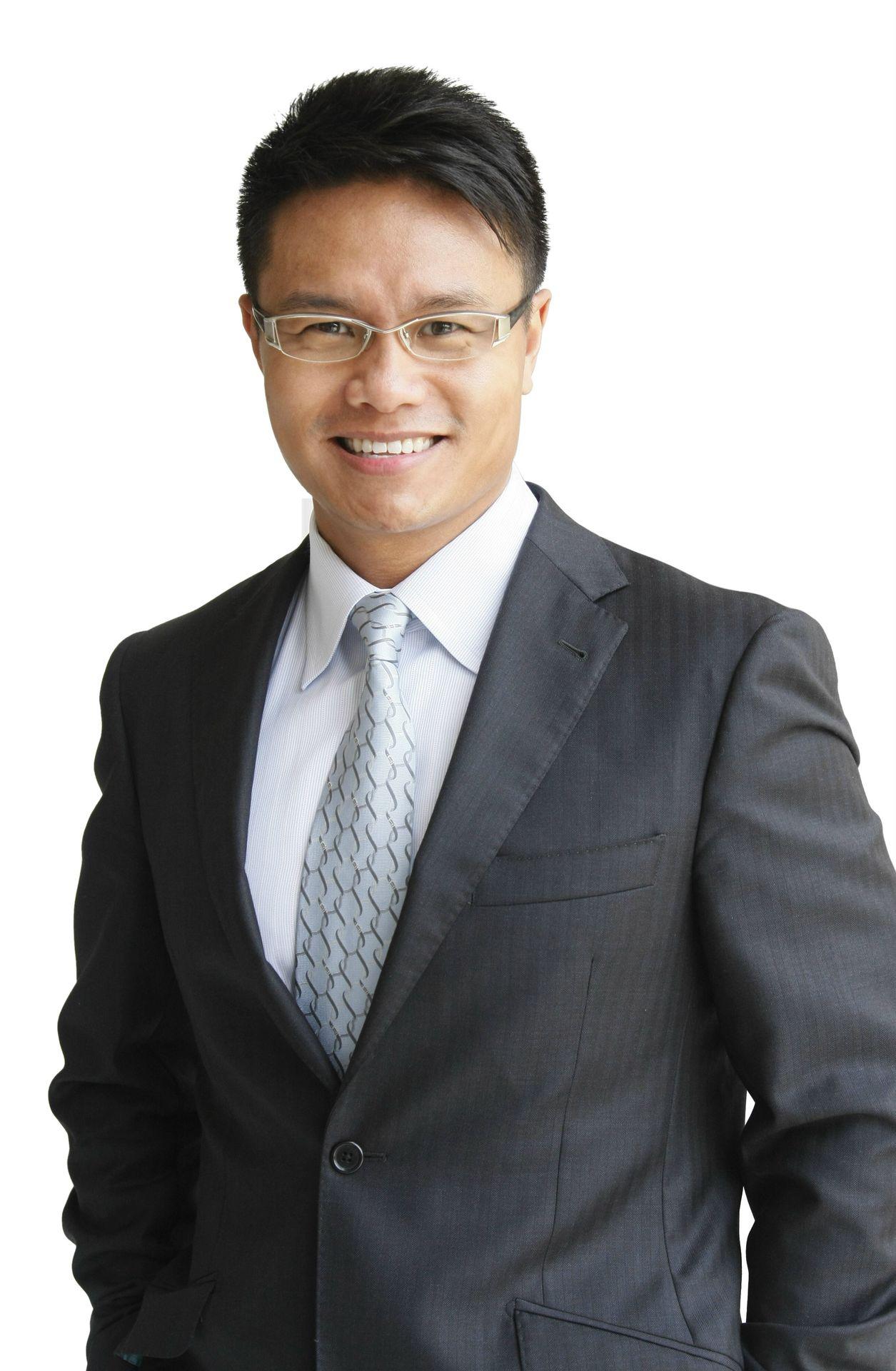 dr._ken_chu_chairman__ceo_mission_hills_group-business-man