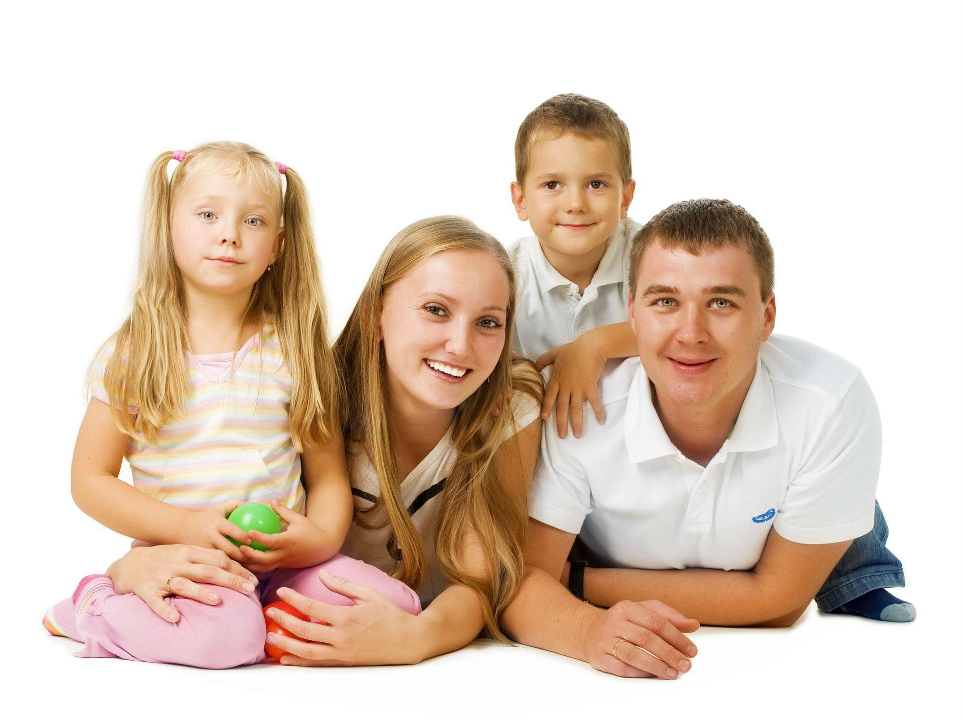 family-desktop-images-happy-family
