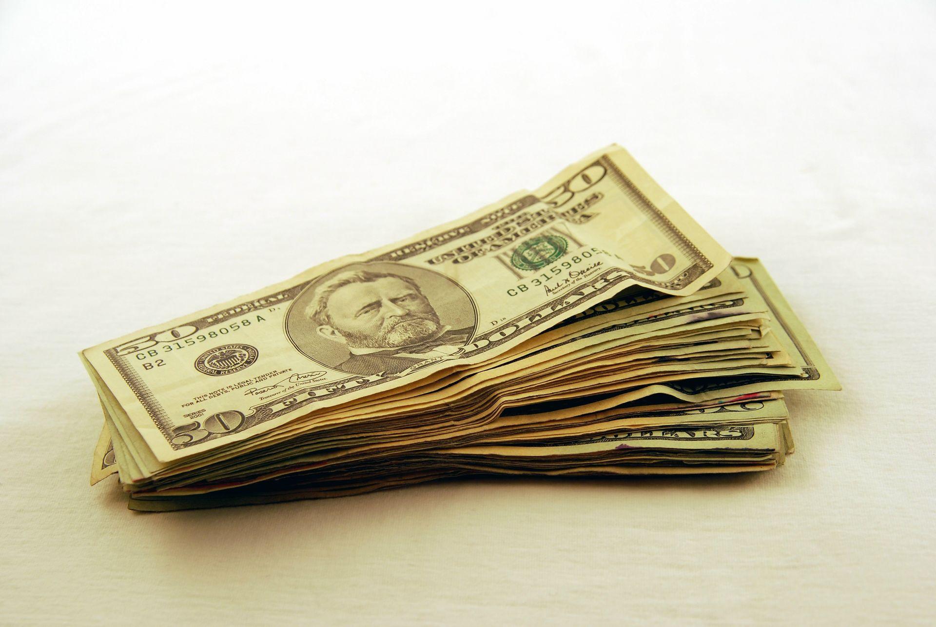 file0001074173227-money
