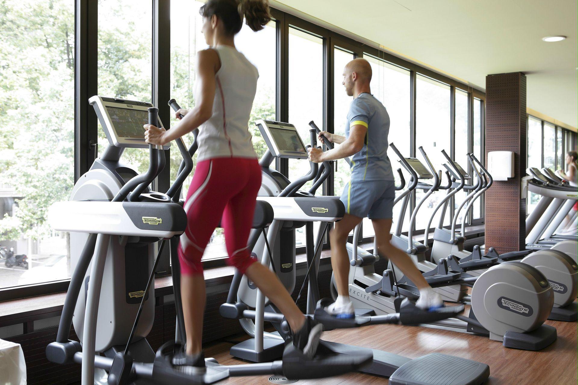 fitness-center-fitness