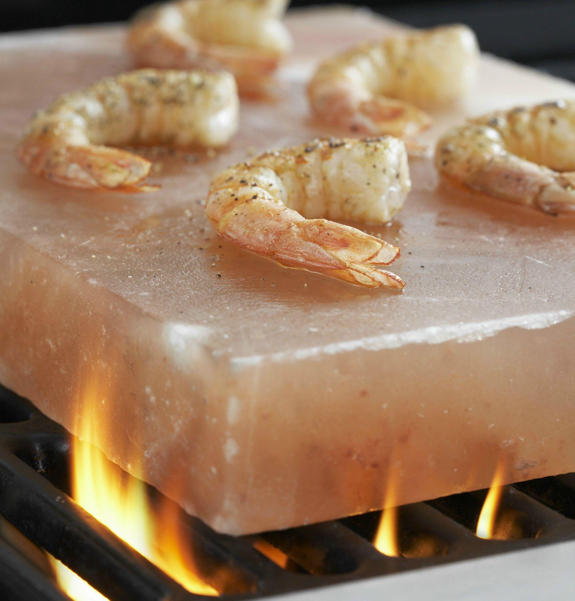 saltplatewshrimp-1-cooking