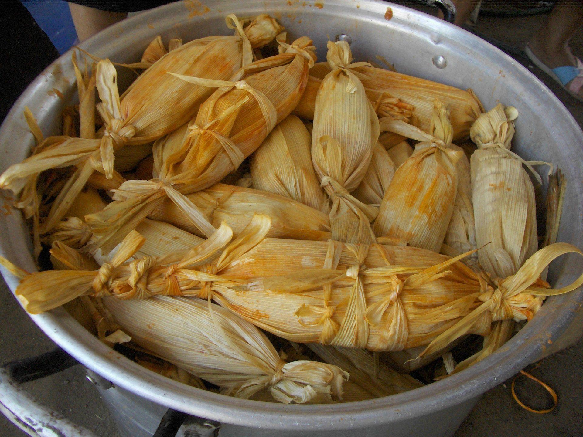tamales-048-cooking