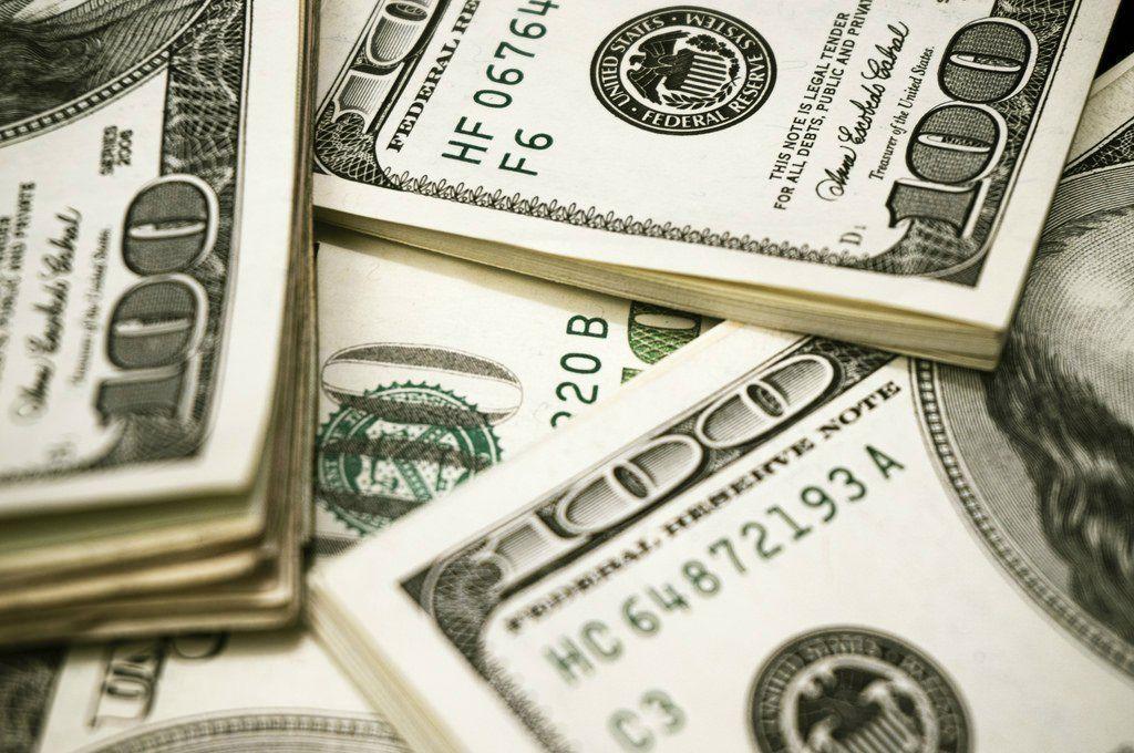 17123250059_5479539f4f_b-money