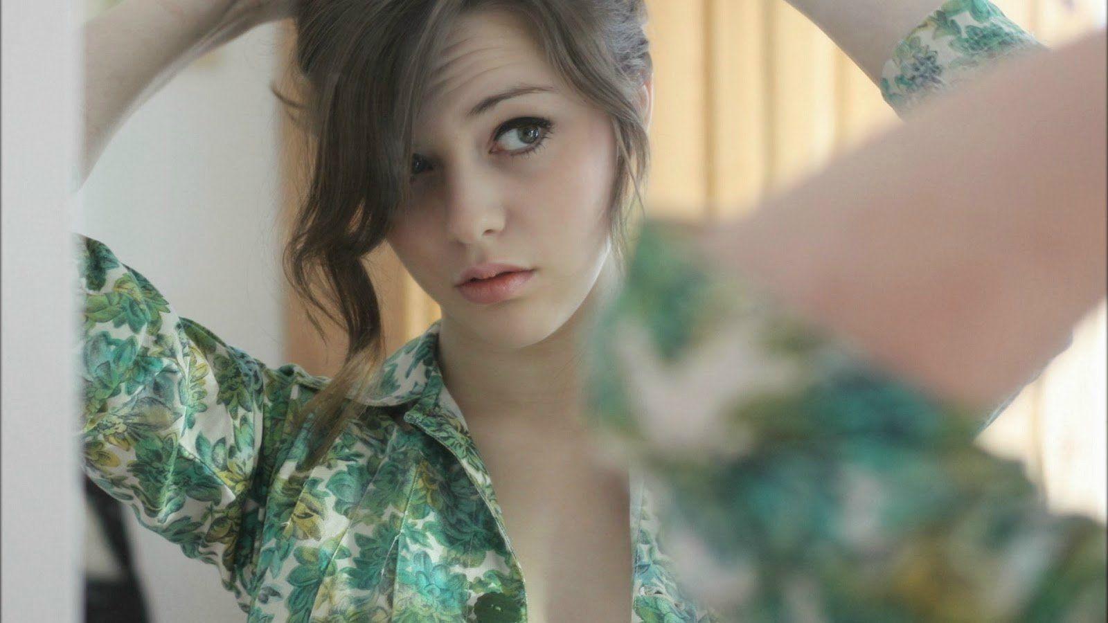 beautifully-girl-beautiful-dekstop-wallcapture-com-299527-beauty