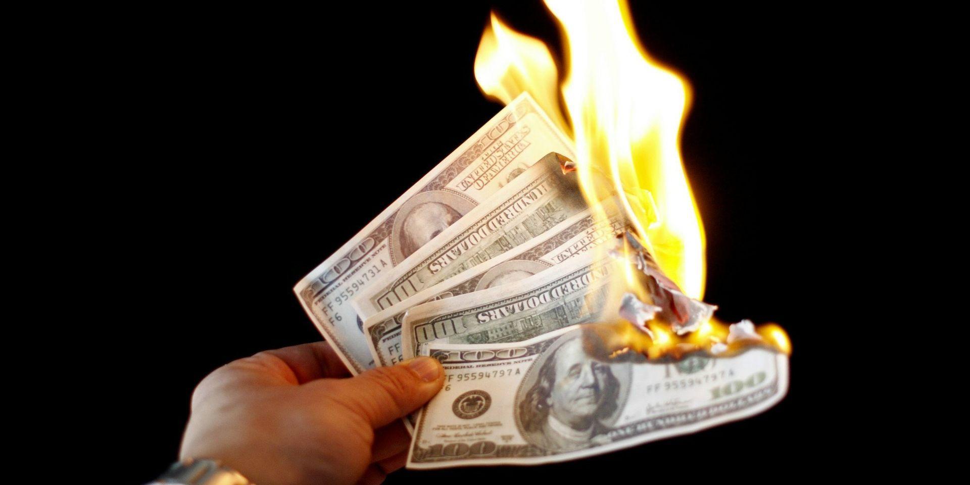 burning-money-money