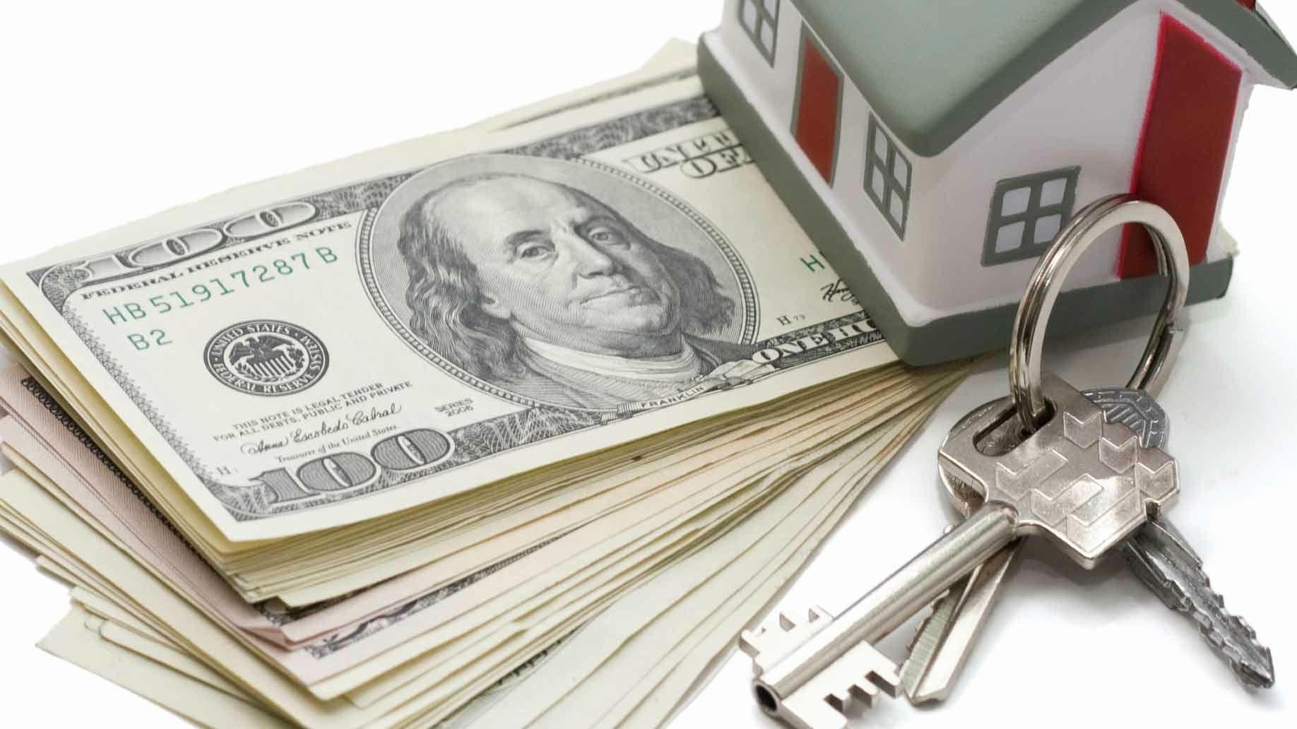 down-payment-money-house-keys-money