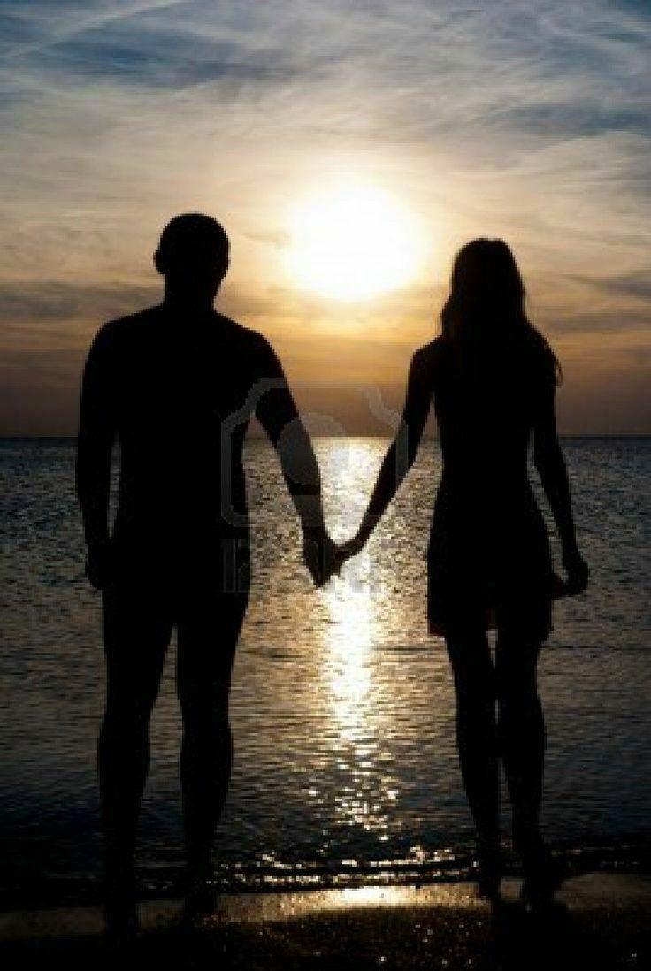 e5e4c840a4ab75a726efdfd8b2fb39ca–beach-pics-beach-pictures-couple