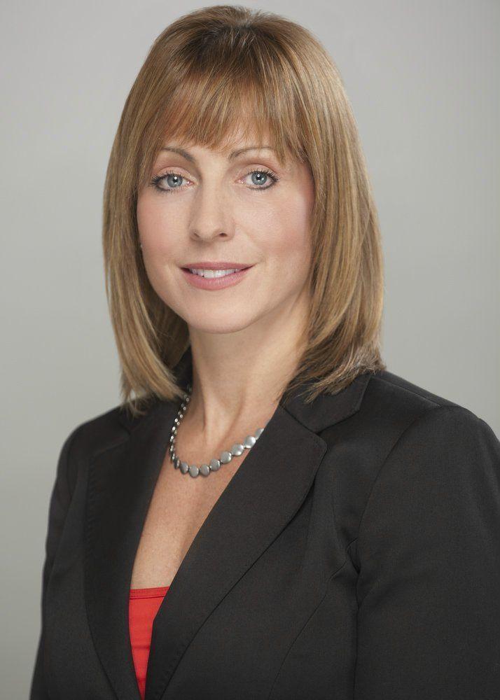 jessica-mcglyn_5x7a1-business-woman