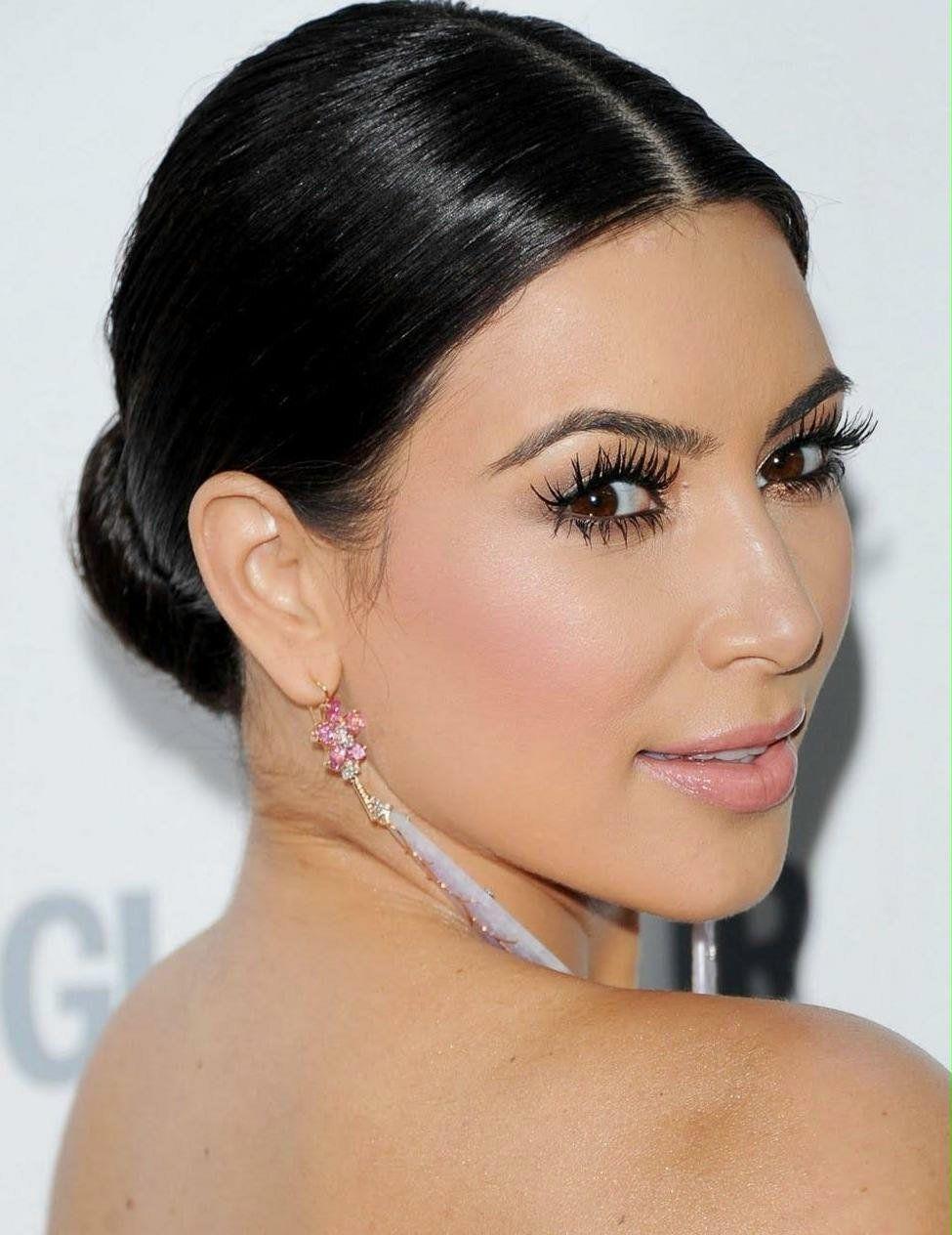 kim-kardashian-makeup-01-beauty