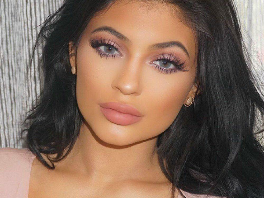 kylie-jenner-beauty-expert-says-ftr-beauty