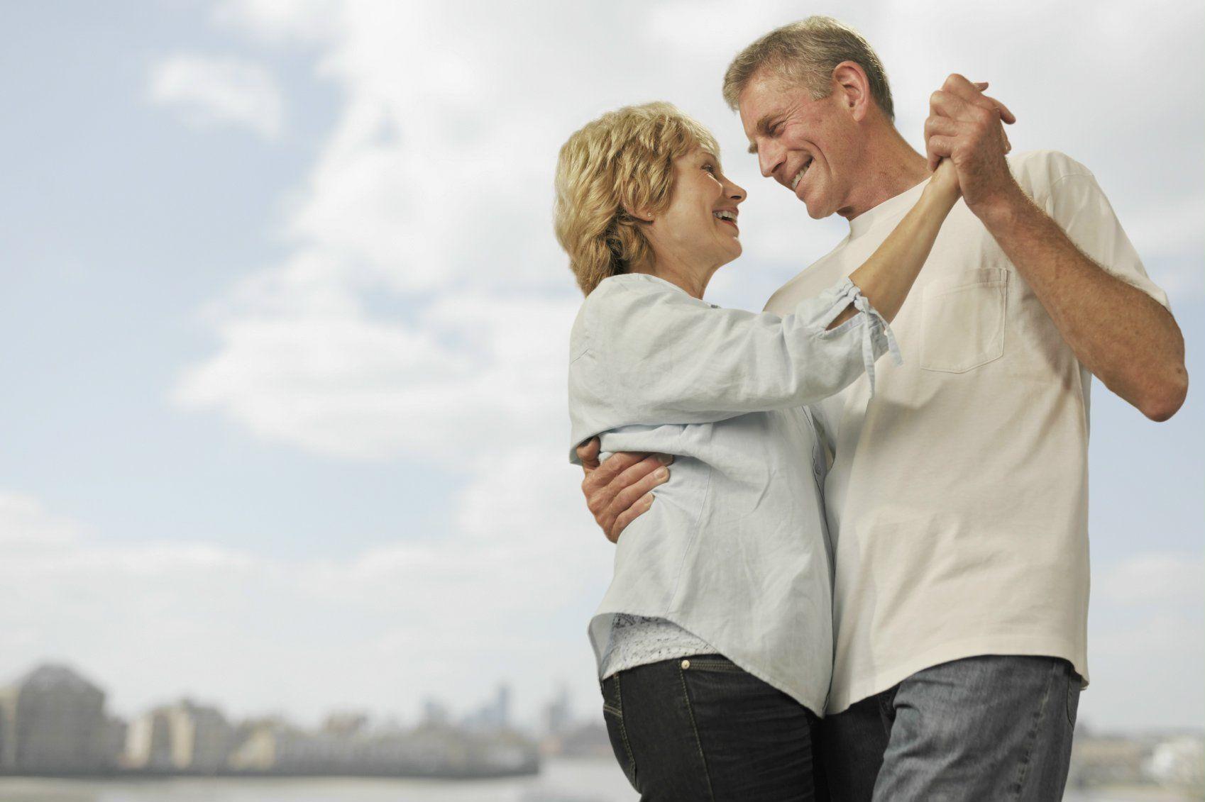 mature-couple-dancing-couple