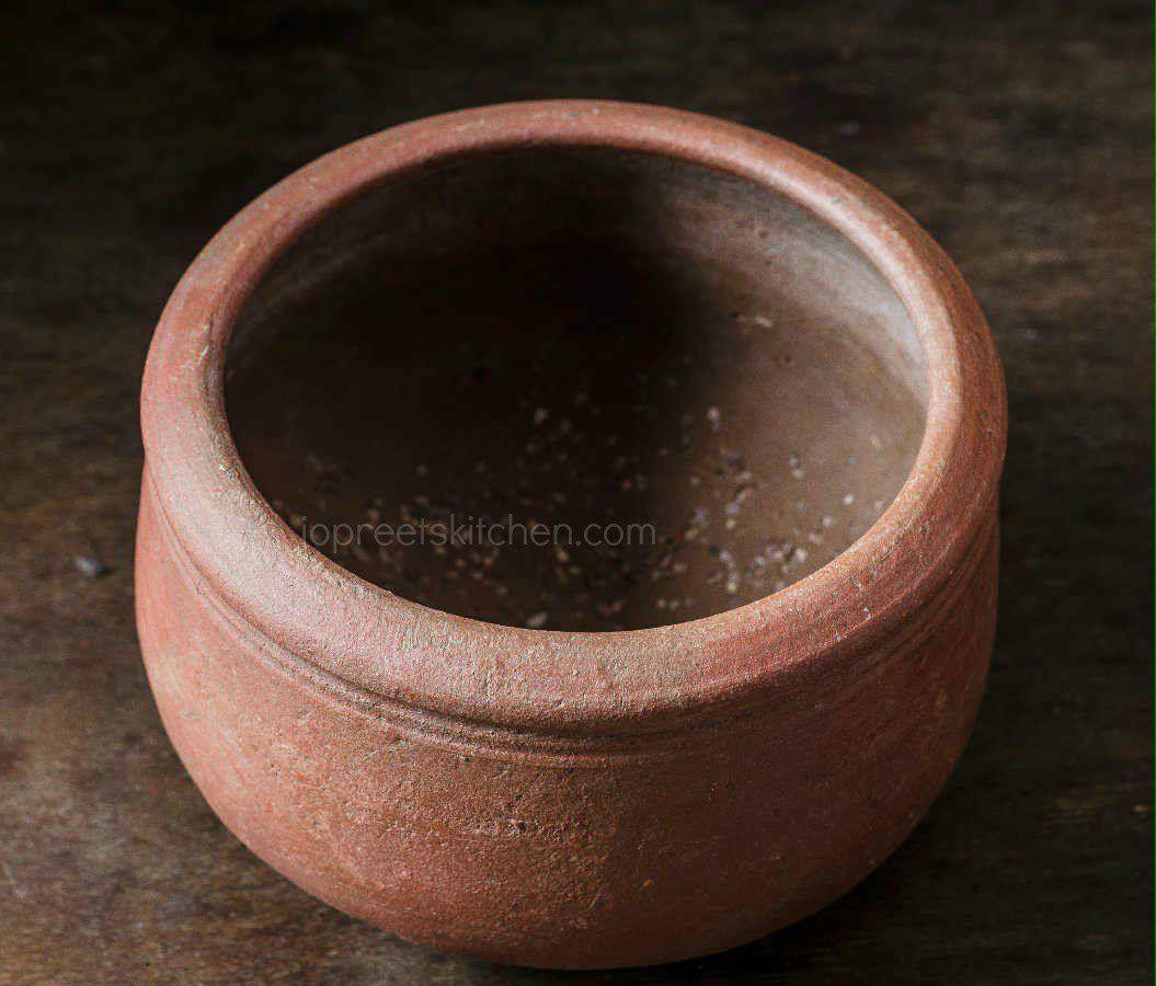 mud-pot-cooking
