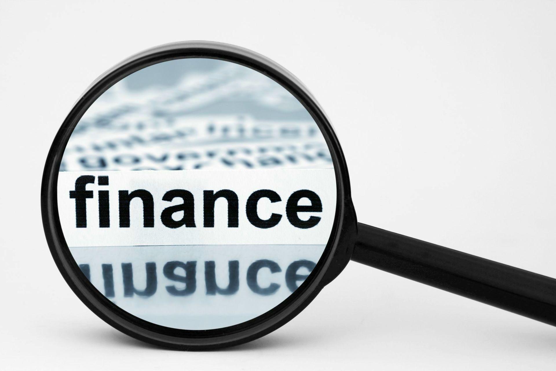 photodune-914413-finance-l-6-2-finance