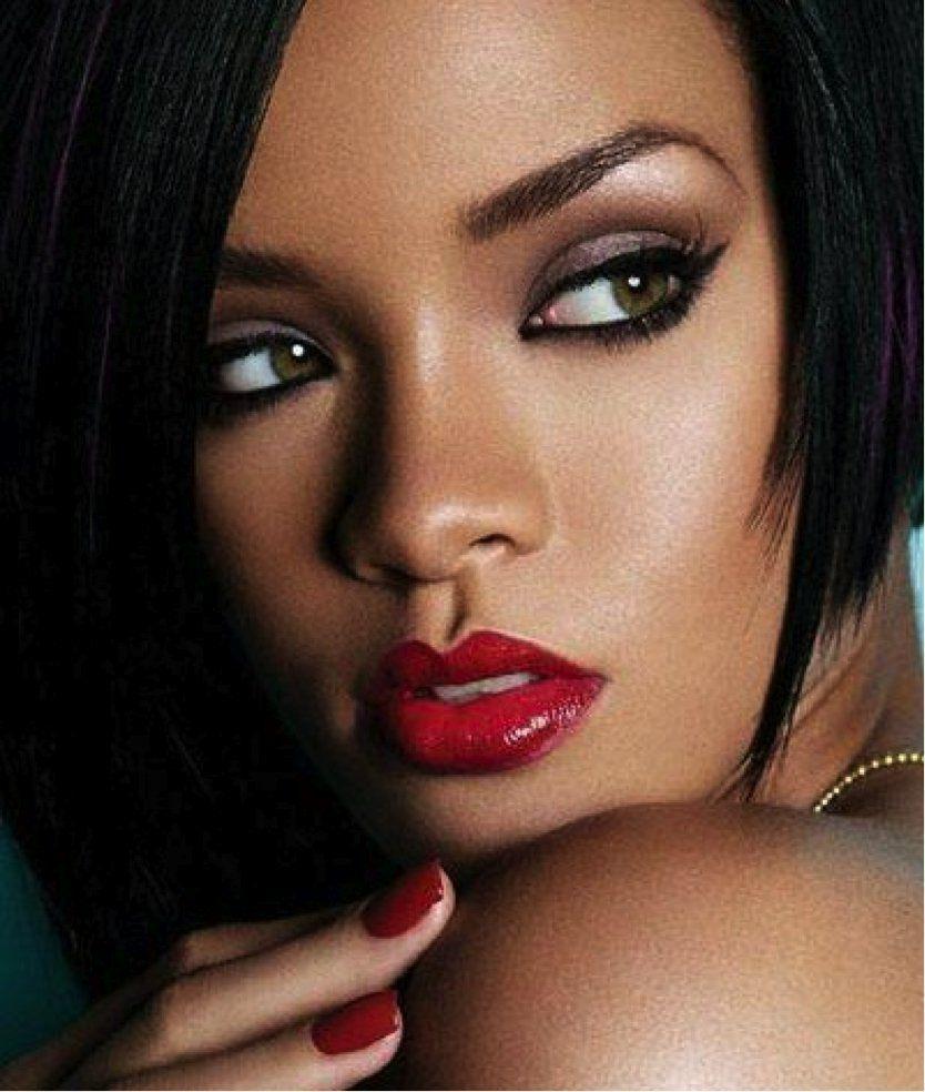 rihanna-red-lips-beauty