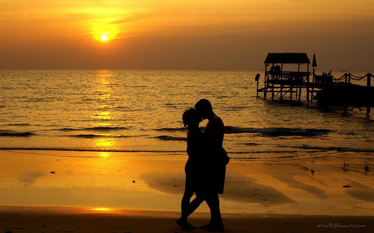 sunset-romantic-beach-couple-couple